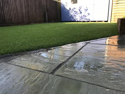 Sutton, Easigrass installation