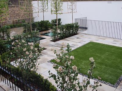 London, Holland Park - back&front garden